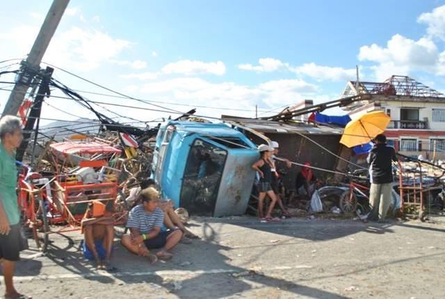被災直後のレイテ島タクロバン市